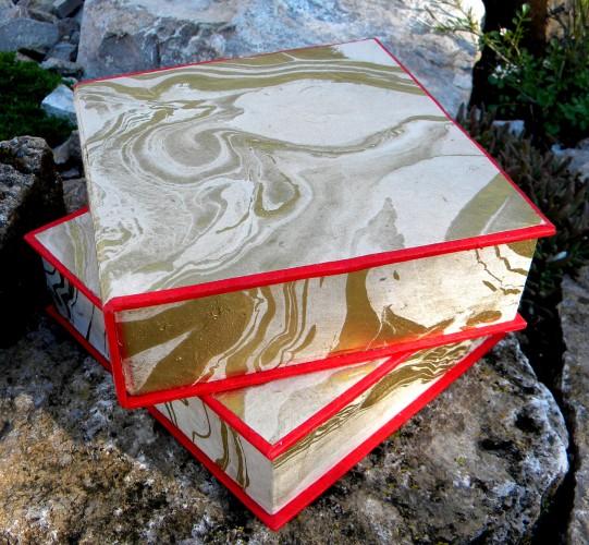 Geschenkschachtel gold-marmoriert